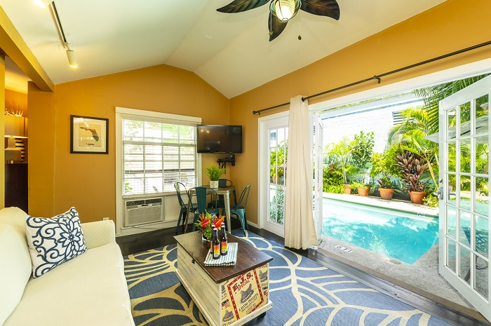 Key West Cottage Rentals - Villa Aqua