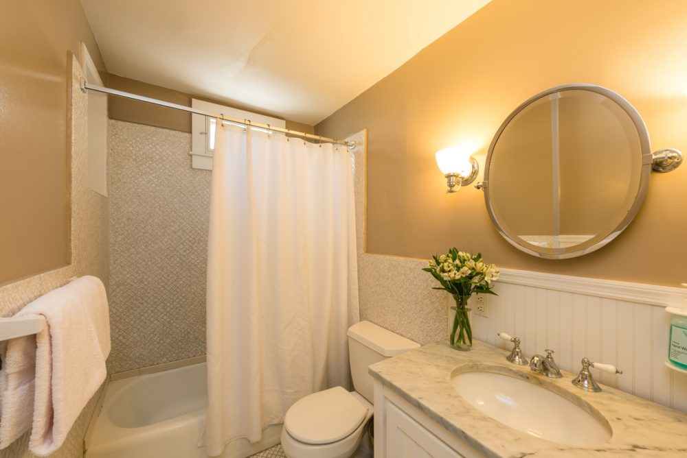 Key West Vacation Home - William Skelton House - Second Floor Bathroom
