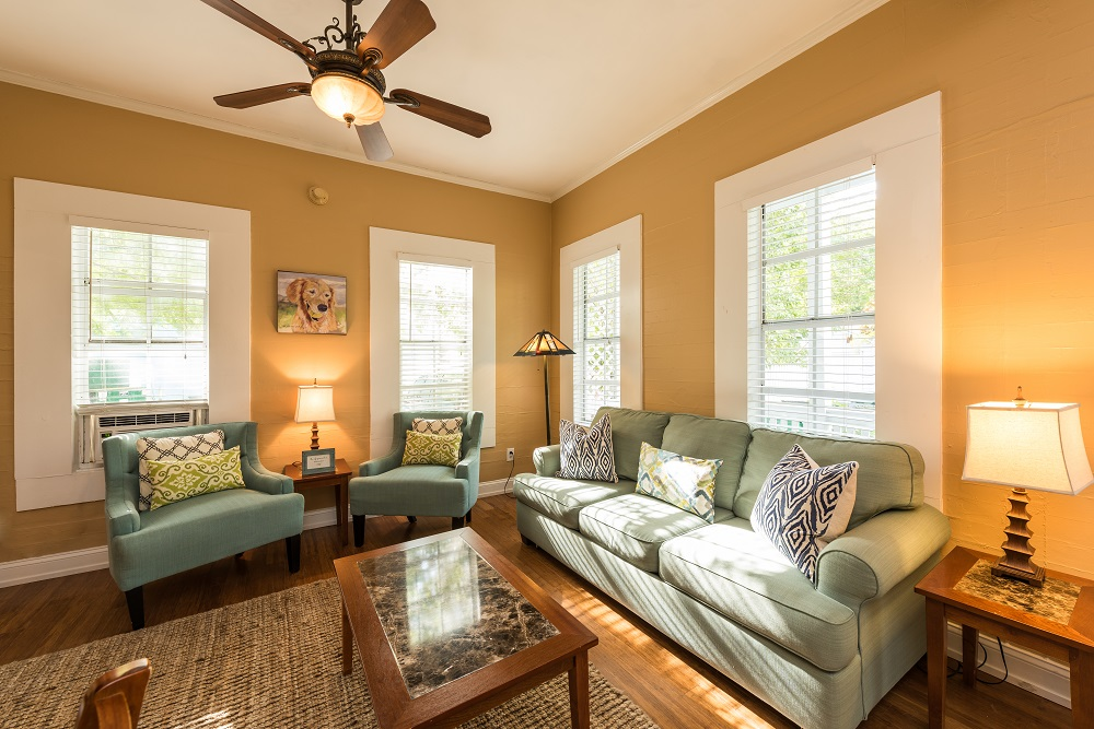 vacation rentals in key west - living room