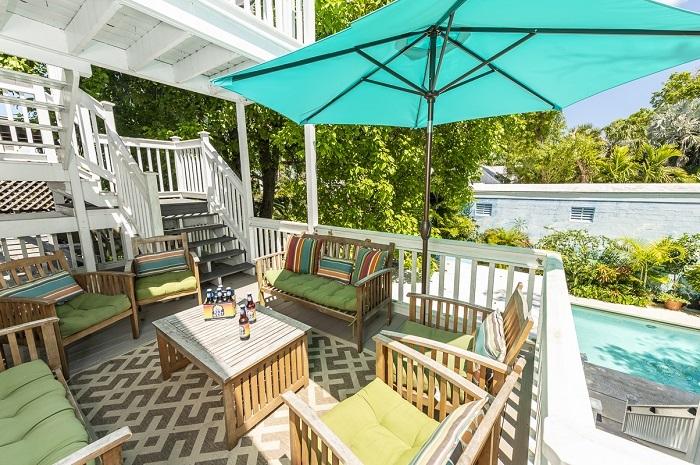 Key West Villas - Villa Grande's back deck
