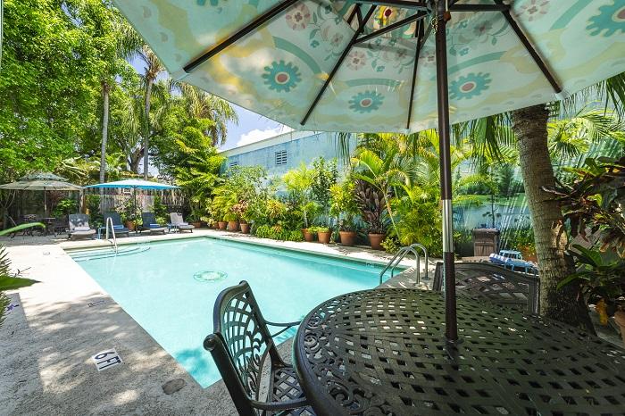 Key West Villas - Rose Lane Villas swimming pool